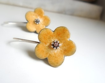 Yellow and grey clay earrings flower shape, air dry clay organic style jewelry sterling silver rustic petal, daisy, nature inspired jewelry