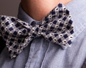 Country Classic Unisex Bow Tie