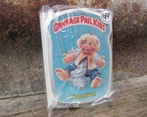 Vintage Garbage Pail Kids OUCH vtg gpk Card Button Pin Back Plastic Card Topps 1986 Unopened Gag Gift Party 80s GPK Collectible 1980s VTG