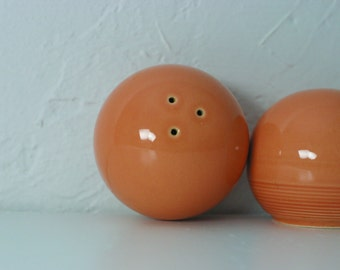 Mid Century Salt and Pepper Shakers Salmon Pink Salt and Pepper Shakers 1950s 50s Salt and Pepper Shaker Set