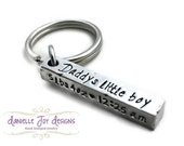 Stamped Jewelry Personalized Jewelry - Aluminum Bar Keychain Daddy's Little Boy Girl New Baby New Dad Gift