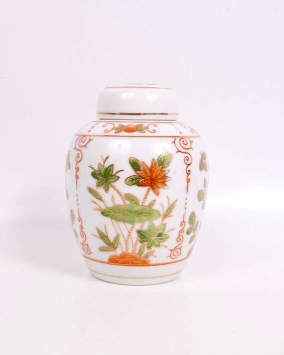Vintage Orange Ginger Jar Vase With Lid Lotus Flowers Asian Design Andrea by Sadek Japan Oriental Urn Temple Jar