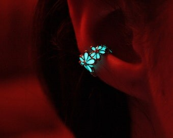Flower Ear clip GLOW in the DARK Silver color