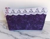 Zipper Pouch - Lace - Shabby Chic - Vintage Look - Purple - White