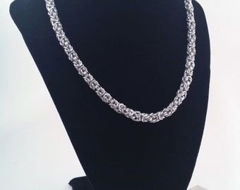 Classic Unisex Byzantine Chainmaille Necklace