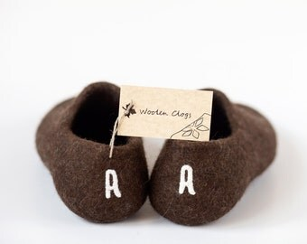 Handmade slippers with initials - Personalized shoes - felted wool clogs - brown wool shoes - brown slippers - valentines day gift for him