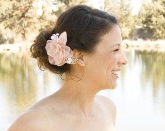 Blush Pink Bridal Head Piece, Wedding Head Piece, Flower Hair Comb, Wedding Hair Clip, Blush Head Piece, White Head Piece
