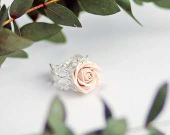 Ivory Rose Ring, Ivory Flower Ring, Ivory Ring,  Adjustable Ring, Polymer Clay Jewelry, Rose Ring, Fashion Ring, cute ring, Cream Ivory Rose