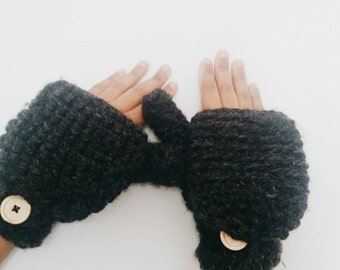 Wool convertible mittens, Womens crochet gloves, - The CERYS - Crochet fingerless gloves in charcoal grey
