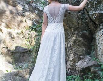 Long Wedding Dress, SuzannaM, Ivory Lace Wedding Gown, Long Bridal Gown, Lace Bridal Wedding Dress, Gypsy Wedding Gown, Retro Wedding Gown