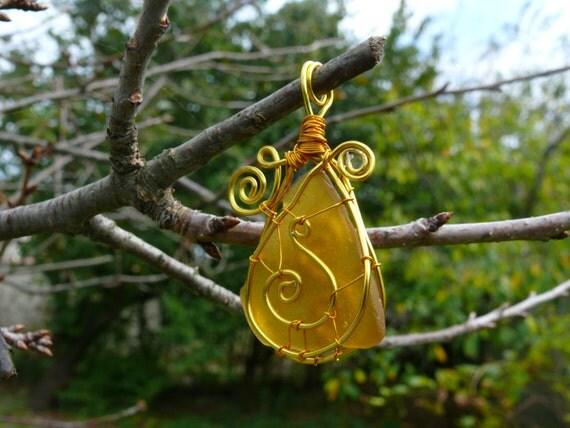 Sea glass pendant, genuine sea glass, genuine sea stone, beach stone pendant, wire wrapped pendant, birthday gift, gold copper wire