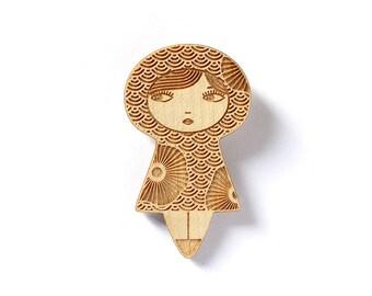 Doll brooch with flowers - seikaiha Japanese pattern - kokeshi pin - matriochka jewelry - russian doll jewellery - lasercut maple wood