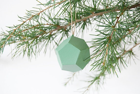 boule menthe pour arbre de no l origami vert d 39 eau. Black Bedroom Furniture Sets. Home Design Ideas