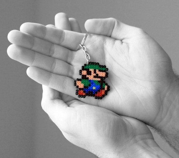 Resultado de imagen para llavero de Luigi