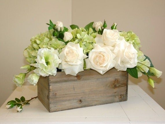floral arrangement table top spring centerpieces wood box wood. Black Bedroom Furniture Sets. Home Design Ideas