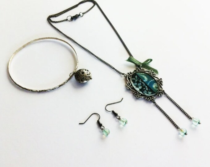 Jewelry Set - necklace, bracelet and earrings set - bangle - charm necklace - glass beads