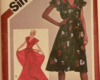 "Dress, Ruffled Collar - 1980's - Simplicity Pattern 9870  Uncut  Size 10  Bust 32.5"""