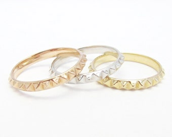 14k Gold Stud Pyramid Eternity Ring (14k yellow, white, or rose gold)