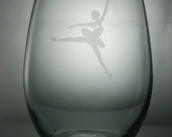 ballet dancer glass, etched wine glass, personalized wine glasses, stemless wine glass, dance etched wine glass, ballet etched wine glasses