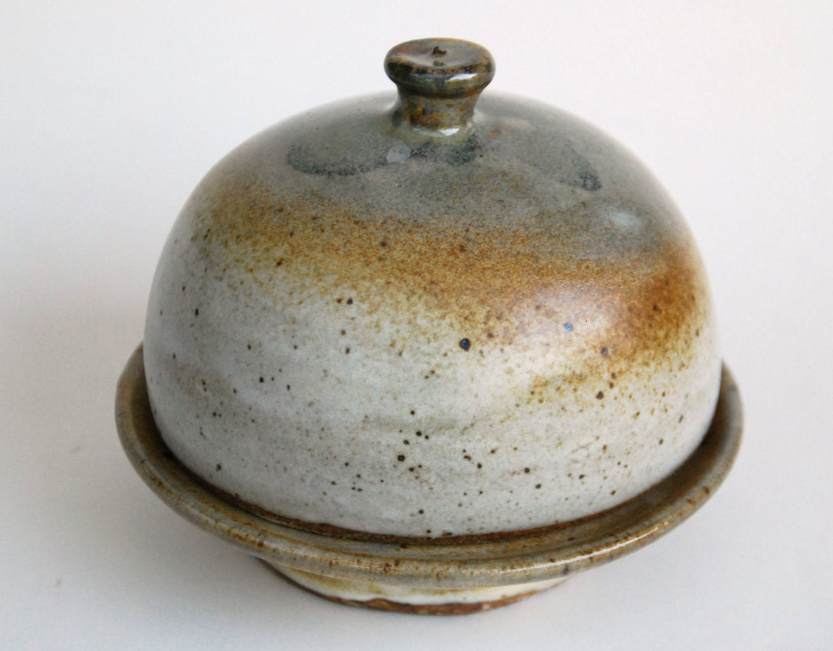 Handmade Pottery Ceramic Butter Dish With Lid Round Pottery