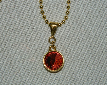 Indian Pink Swarovski Crystal Rivoli Necklace set in gold