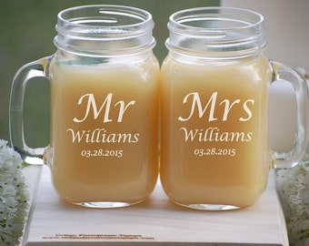 Bridal Shower Gift Mr and Mrs Mason Jar Set Toasting Glasses Bride and Groom Gift Engagement Gift Wedding Shower Gift Personalized Gifts