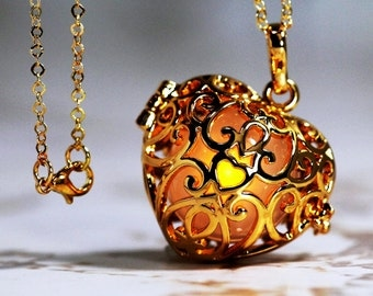 Golden Amber - Glowing Heart  in 18K GOLD GP - Gold gp  Link Chain, Glow Pendant, Glow in the Dark, Glow Jewelry