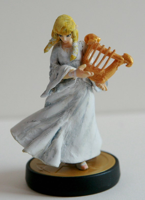 Items similar to Skyward Sword Zelda Amiibo W/ Harp and Custom Box on Etsy