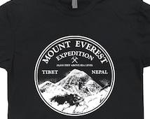 Mount Everest Expedition T Shirt Vintage Mountain Climbing Alaska Retro Colorado Ski Skiing Snowboard Tee Cool Mens Womens Shirts