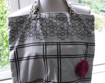 Handbag made of a white-grey tea towels with lining, tote bag, marketbag, schoolbag, shoppingbag