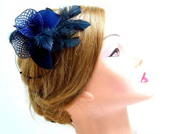 Navy blue feather fascinator Wedding headpiece Bridesmaid feather fascinator Navy blue feather hair piece Wedding hair accessories