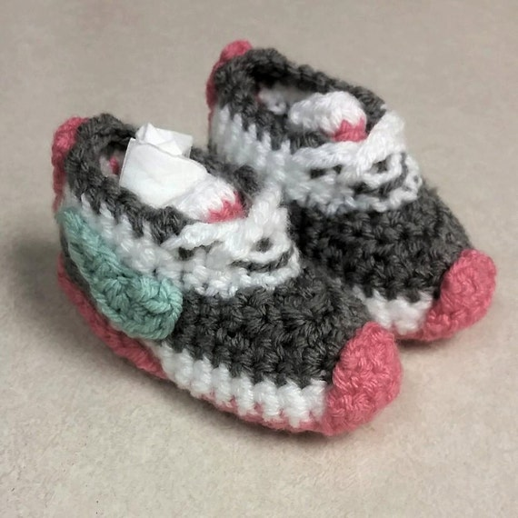 Crochet Pattern Baby Tennis Shoes : Items similar to Crochet Baby Tennis Shoes on Etsy