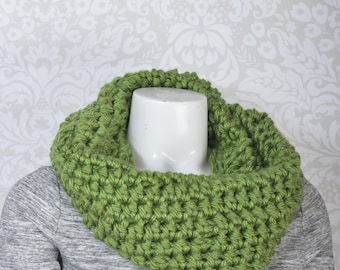 2-Way Cowl Snood Green