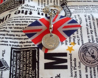 2014 British Five Pence Coin Keyring Key Chain Fob Queen Elizabeth II