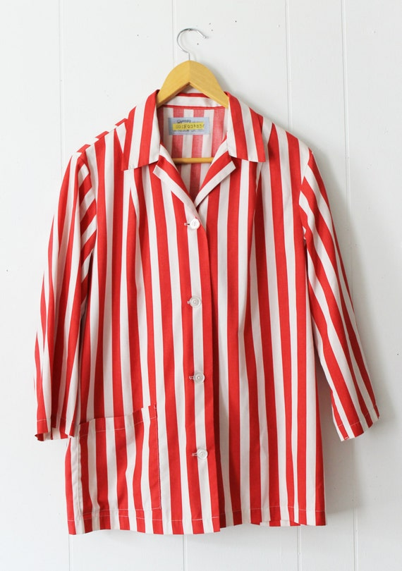 vintage red and white striped long sleeve button up shirt size