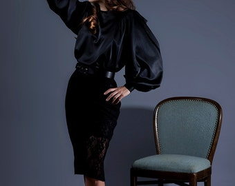 Flowing blouse with Carmensleeves - Couture