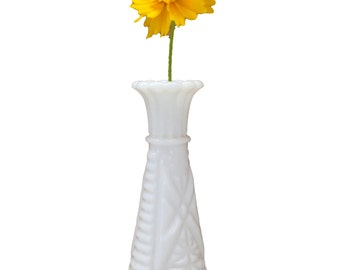 Vintage Milk White Flower Vase