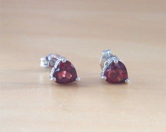 925 Garnet Heart Earrings/Silver Garnet Earrings/Garnet Heart Earrings/Garnet Jewelry/Garnet Jewellery/Garnet Gemstone/January Birthstone