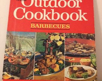 Vintage 1967 Betty Crocker Outdoor Cookbook First Edition