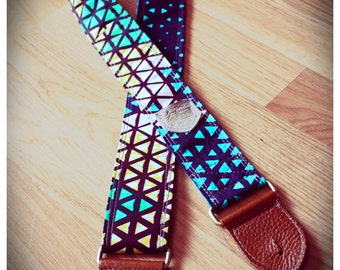 "Vlisco Guitar Strap; 2"" wide, reinforced, genuine leather ends and pickpocket"