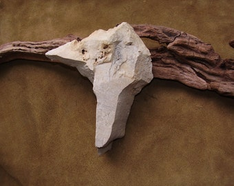Rare Paleo American Indian / Stone Age Pick Axe Artifact ???