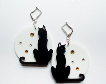 Halloween Lunar Black Cat earring made of  black and whitew methacrylate with rhinestones
