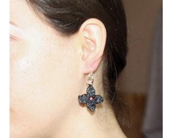 Earrings Flower red