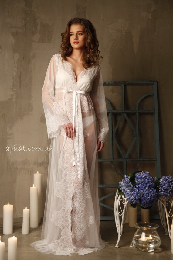 Lace-trimmed Tulle Bri...