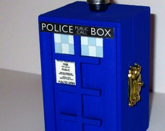 Doctor Who inspired light up Tardis Police Box