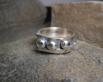 Ring-sterling silver ring