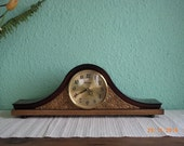 Vintage Desktop Clock / Clock from USSR from the '80 / Wood Clock / Polished wood / Clock Vesna / Antique items / Table Clock