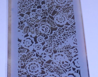 Tim Holtz, Stampers Anonymous, Layered Stencil, Doily Stencil, Patterned Stencil