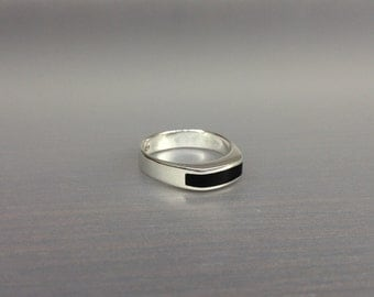 Onyx and Sterling silver minimal ring