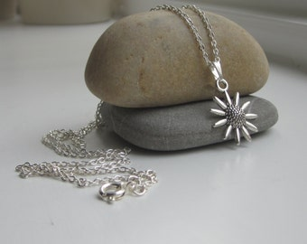 Sunflower necklace, silver necklace, silver flower, uk seller, jewellery uk, silver jewellery
